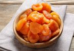 dehydrating apricots