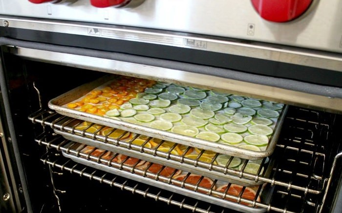 drying food in the oven