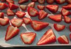 how to dry strawberries